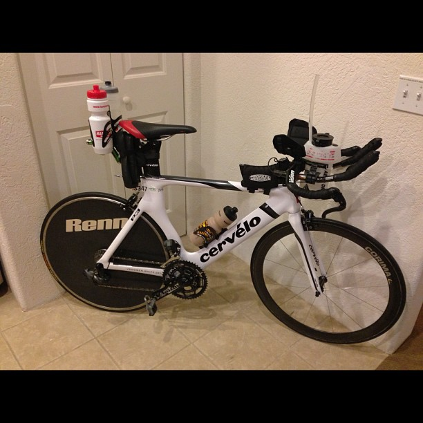 My New Bike - Cervelo P3, with Di2 digital shifters! Sweeeeet!